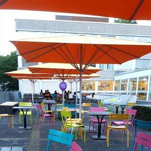Terrasse der HTW, gute Location für das Saarcamp